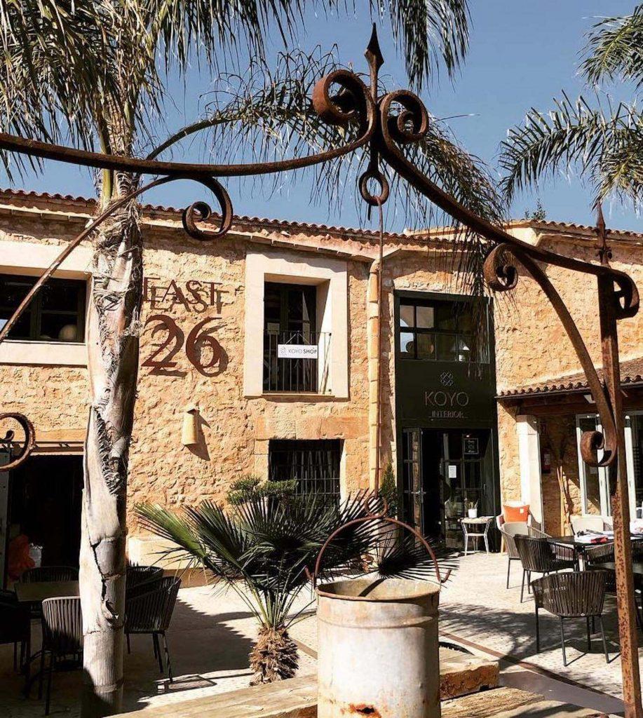 Geschäftshaus EAST26 in Santanyi