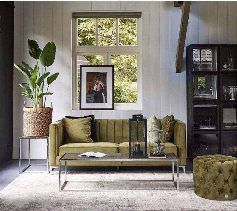 Grüne Samtmöbel von Riviera Maison auf Mallorca