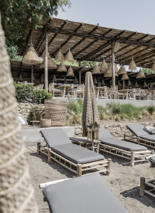Decoración en bamboo hotel en Ibiza por Koyo Interior